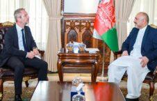 محمد حنیف اتمر دیوید مارتینون 226x145 - دیدار سرپرست وزارت امور خارجه با سفیر جمهوری فرانسه مقیم کابل