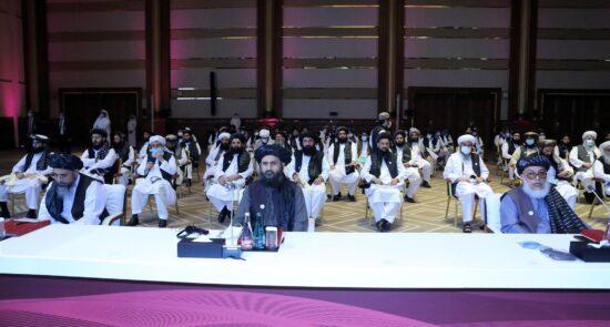 مذاکرات بین الافغانی قطر 9 550x295 - درخواست وزرای خارجهٔ افغانستان، ترکیه و پاکستان برای بازگشت طالبان به میز مذاکرات
