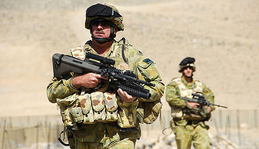 ناتو 512x295 - واکنش طالبان به تداوم حضور قوای خارجی در افغانستان