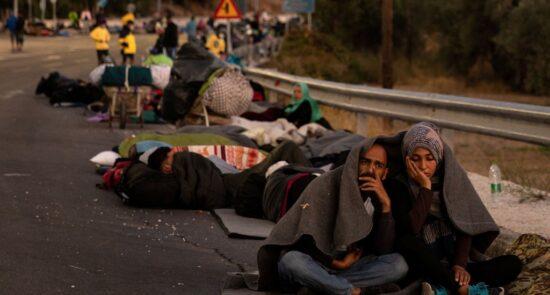 پناهجو  550x295 - آیا حکومت جرمنی به آواره گی هزاران پناهجو در جزیره لیسبوس یونان پایان می دهد؟
