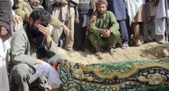 کشته 550x295 - آمار وحشتناک کشته و زخمیهای افغانستان طی حضور 20 ساله خارجی ها