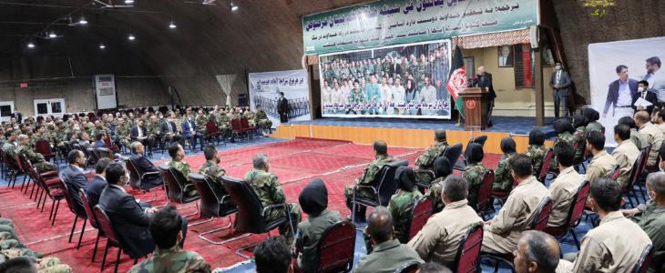 بازدید رییس جمهور غنی از قول اردوی قوای هوایی افغانستان