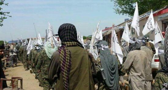امارت اسلامی 550x295 - نگرانی مردم از بازگشت افغانستان به دوران تاریک امارت اسلامی