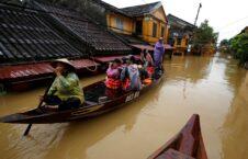 سیل ویتنام 1 226x145 - جاری شدن سیلاب های مرگبار در ولایات مرکزی ویتنام