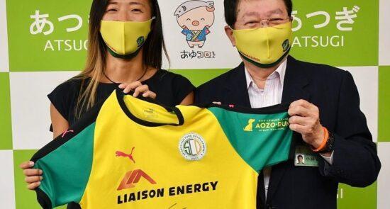 یوکی ناگاساتو  550x295 - حضور یک فوتبالیست زن در تیم فوتبال مردان خبر ساز شد