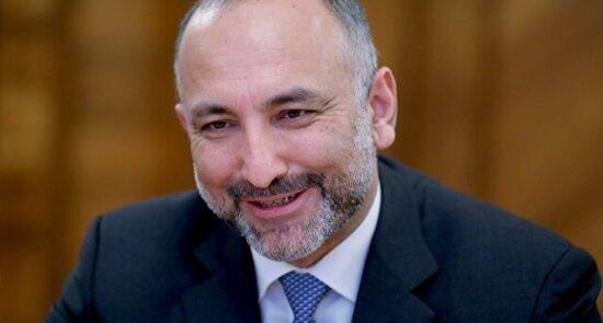 محمد حنیف اتمر 550x295 - پناهنده شدن وزیر امور خارجه حکومت پیشین به جرمنی