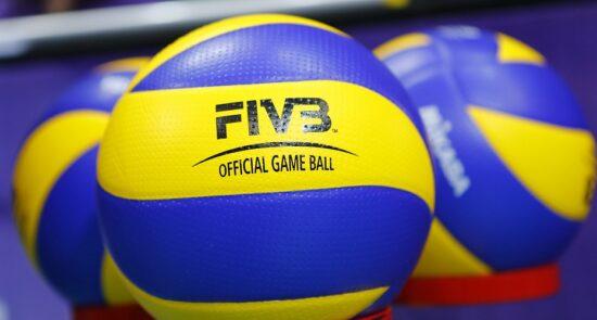 والیبال 550x295 - قهرمانی تيم عصمت لغمانی در رقابتهای والیبال در هلمند