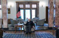 اشرف غنی محمد کریم خلیلی 226x145 - دیدار رییس جمهوری اسلامی افغانستان با رییس پیشین شورای عالی صلح