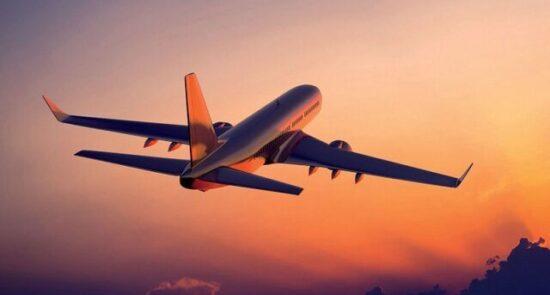 طیاره 550x295 - ممنوعیت نامعلوم پروازهای بریتانیا توسط چین