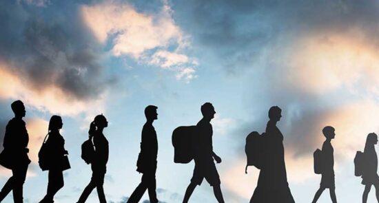 مهاجرت 550x295 - افزایش شمار قربانیان مهاجرت به اروپا در سال ۲۰۲۰ عیسوی