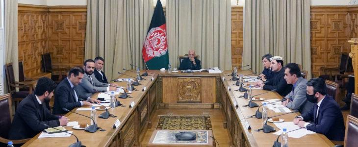 اشرف غنی برشنا شرکت - بررسی مشکلات انتقال برق از شمال کشور به کابل با حضور داشت رییس جمهور غنی