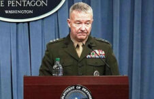 جنرال کنت مکنزی 226x145 - واکنشهای باشنده گان کشور به اظهارات اخیر فرمانده قوماندانی مرکزی قوای ایالات متحده