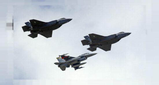 طیاره جنگی 550x295 - معامله تسلیحاتی ۹ ملیارد دالری میان ایالات متحده امریکا و اسراییل