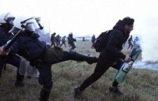یونان پولیس 226x145 - واکنش وزیر امور مهاجرت یونان به برخورد غیر انسانی نیروهای سرحدی این کشور با پناهجویان