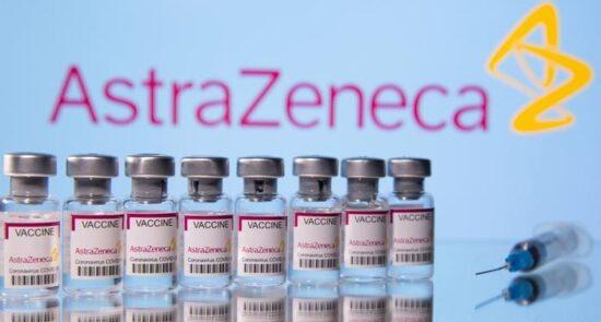 استرازینیکا 550x295 - دیدگاه اداره ادویهٔ اروپا درباره خطرات استفاده از واکسین استرازینیکا