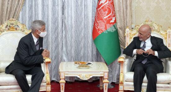 اشرف غنی سابرامانیام جایشنکر 550x295 - دیدار رییس جمهوری اسلامی افغانستان با وزیر امور خارجه هند