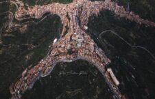 قریه ایتالیا 226x145 - تصویر/ جالب ترین قریه در ایتالیا