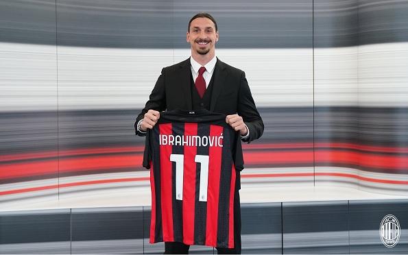 زلاتان ایبراهیموویچ تمدید قرارداد میلان - تمدید قرارداد یک ساله زلاتان ایبراهیموویچ با باشگاه میلان + تصاویر