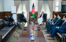 محمد حنیف اتمر ماری بلیک 226x145 - دیدار وزیر امور خارجه با سفیر بریتانیا در کابل