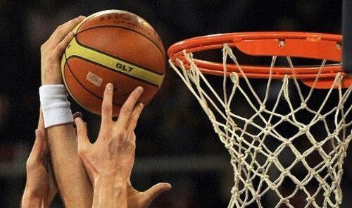 باسکتبال 500x295 - راه یابی تیم باسکتبال بارسلونا به فاینل لیگ اروپا