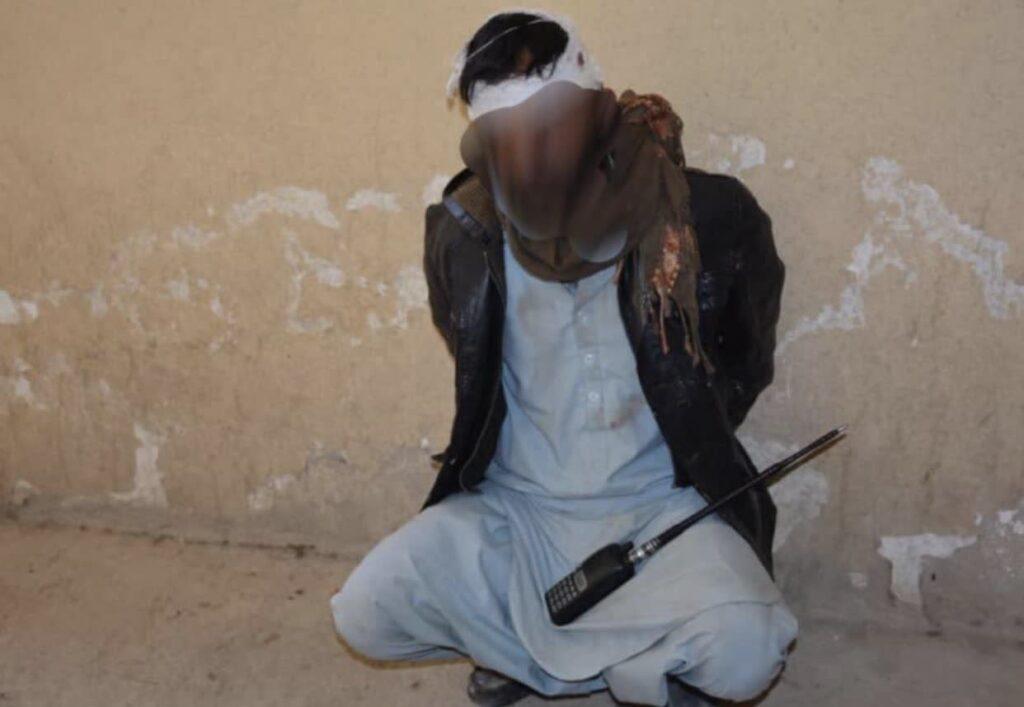 ماین ساز ماهر طالب 2 1024x707 - تصاویر/ دستگیری یک ماین ساز ماهر طالب در غزنی