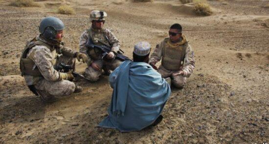ترجمان افغان 550x295 - نگرانی دیدهبان حقوق بشر از وضعیت امنیتی ترجمانان افغان