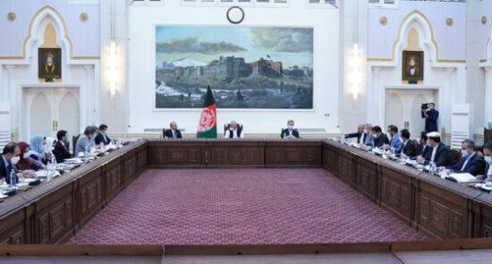 جلسۀ کابینه 550x295 - برگزاری جلسه کابینه تحت ریاست رئیس جمهوری اسلامی افغانستان
