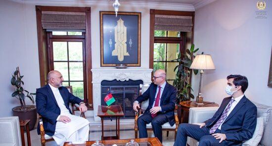 محد حنیف اتمر جیهاد آرگینآی 550x295 - روند صلح افغانستان، محور اصلی گفتگوی وزیر امور خارجه با سفیر ترکیه در کابل