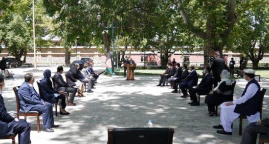 واکسین کرونا چین 550x295 - سخنرانی رییس جمهور به مناسبت رسیدن ۷۰۰ هزار دوز واکسین کرونا از چین به افغانستان