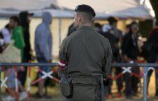 مهاجران اتریش 226x145 - افزایش نیروهای امنیتی در سرحدات اتریش برای جلوگیری از ورود مهاجران غیر قانونی