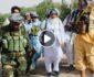 ویدیو/ تصاویری از حضور اسماعیل خان در جریان نبرد با طالبان
