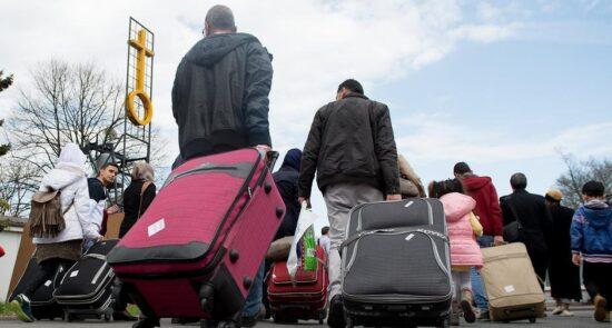 پناهجو 550x295 - عدم پذیرش پناهنده گان افغان توسط ترکیه