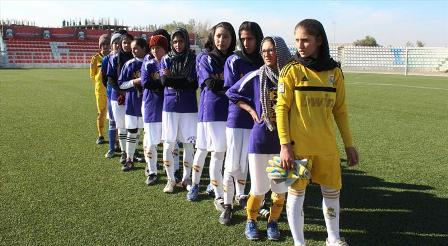 بانوان ورزشکار - ممنوعیت طالبان بر ورزش بانوان؛ زنان افغان: به عقب بر نمیگردیم