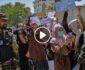 ویدیو/ لحظه هجوم معترضان بر طالبان در کابل