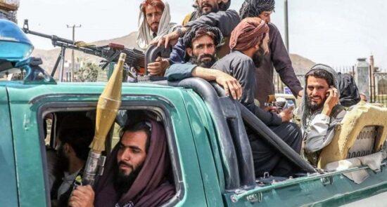 پاکستان طالبان 550x295 - درخواست دپلوماتهای کشور از سازمان ملل درباره تجاوزات پاکستان بر افغانستان