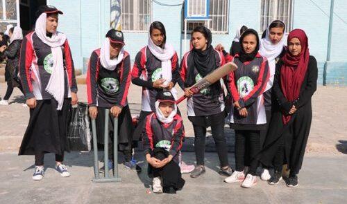کرکت 500x295 - اظهارت رییس کرکت بورد درباره ادامه فعالیت دختران ورزشکار